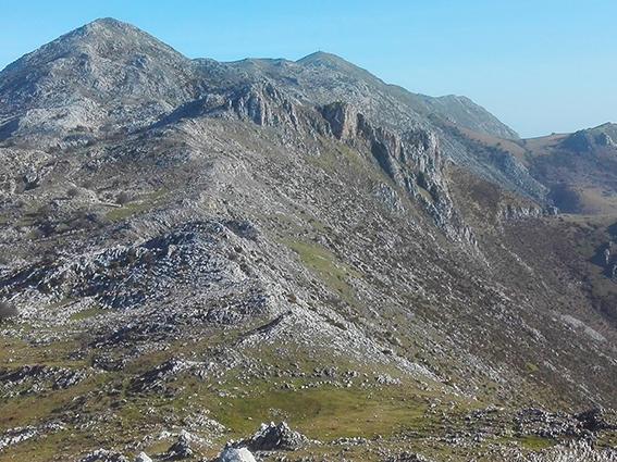 Pico Pienzu sierra del sueve